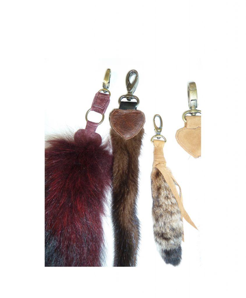 (#153) Fur Keychain Hook II